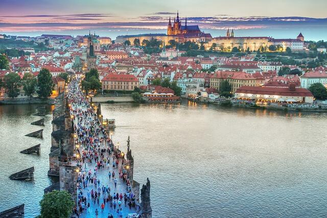 Praga uczciła zamordowanego w styczniu br. prezydenta Pawła Adamowicza