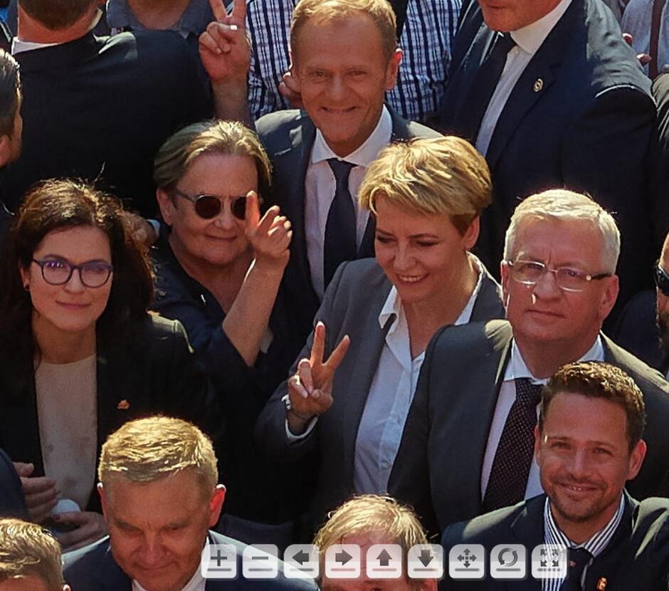 Kogo można znaleźć na Rodzinnym Zdjęciu Polaków?
