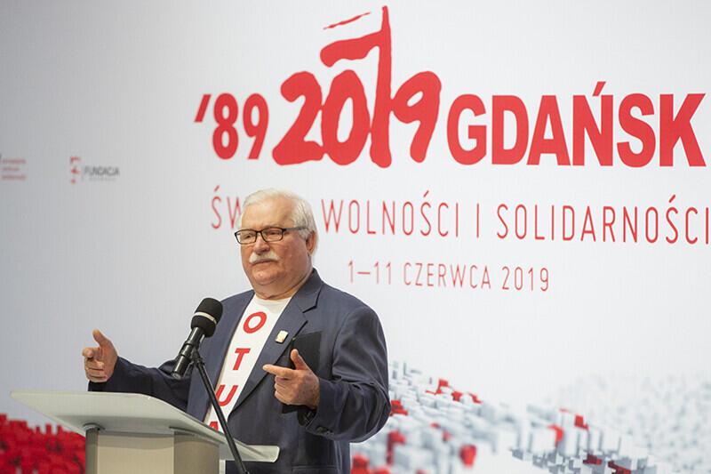 30 lat polskiej demokracji. Spotkanie z okazji rocznicy częściowo wolnych wyborów 4 czerwca 1989 r. Gdańsk, Europejskie Centrum Solidarności. Nz. były Prezydent RP Lech Wałęsa
