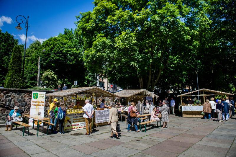 Pomorskie Święto Produktu Tradycyjnego odbywa się na placu przed Katedrą Oliwską