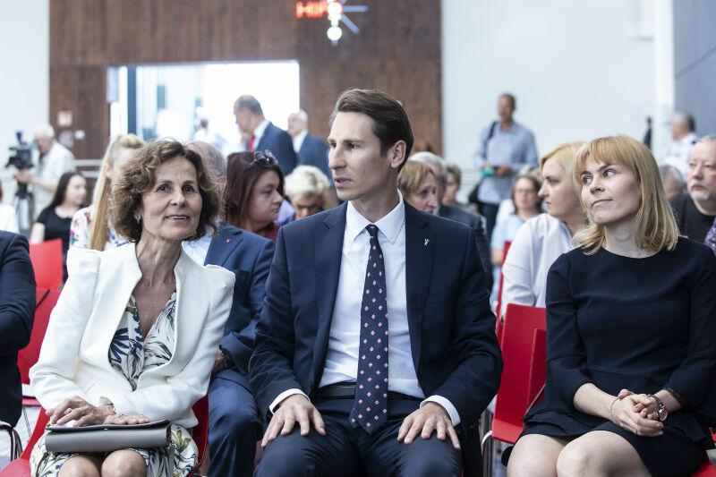 Na gali obecni byli najbliżsi śp. Macieja Płażyńskiego - żona Elżbieta (z lewej) i syn Kacper