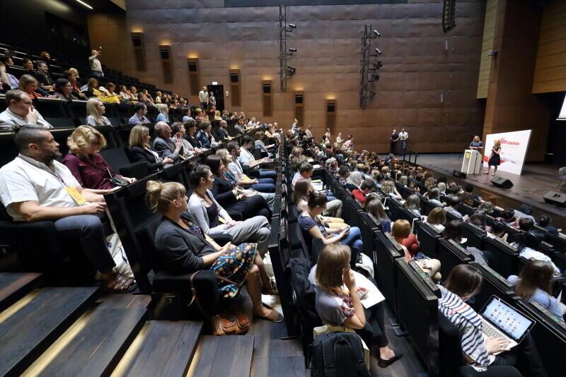 6. Forum Praktyków Partycypacji przez dwa dni w trzech miastach Trójmiasta. 10 czerwca: ECS i Opera Leśna; 11 czerwca w Pomorskim Parku Naukowo-Technologicznym w Gdyni