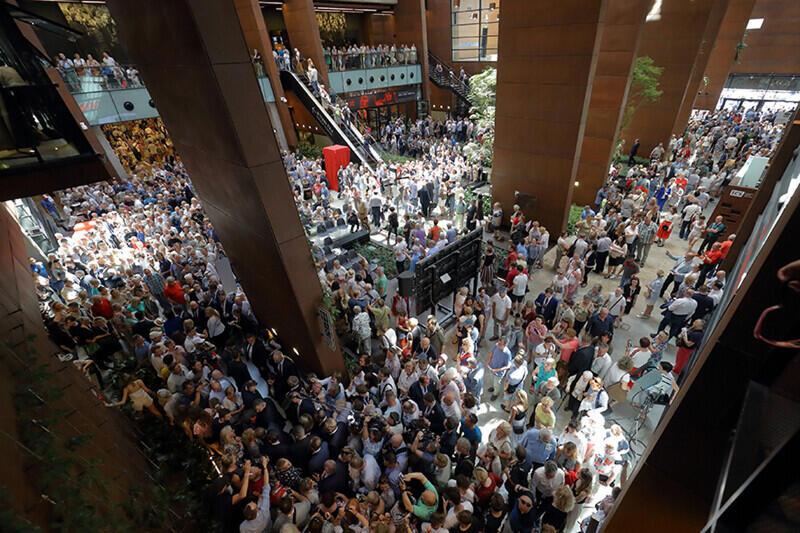 Najwięcej wydarzeń w ramach Święta Wolności i Solidarności odbyło się w Europejskim Centrum Solidarności. Nz. tłumy odwiedzających instytucję 4 czerwca