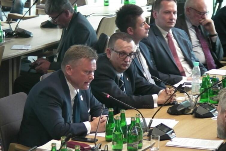 Prof. Waldemar Ossowski (po lewej), dyrektor Muzeum Gdańska, podkreślił, że specustawa zniweczy zainicjowane kilka lat temu przez Miasto i zaawansowane już prace nad koncepcją zagospodarowania Westerplatte
