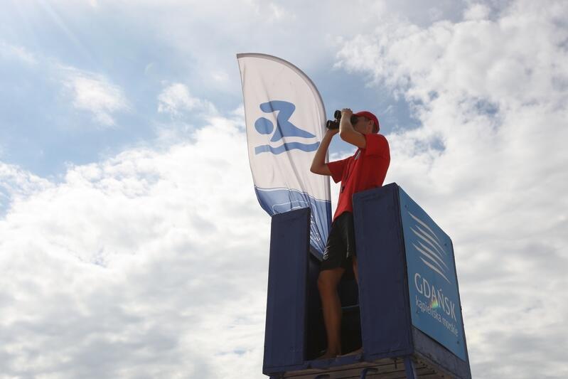 W tym sezonie każdego dnia bezpieczeństwa na gdańskich kąpieliskach strzec będzie 70 ratowników