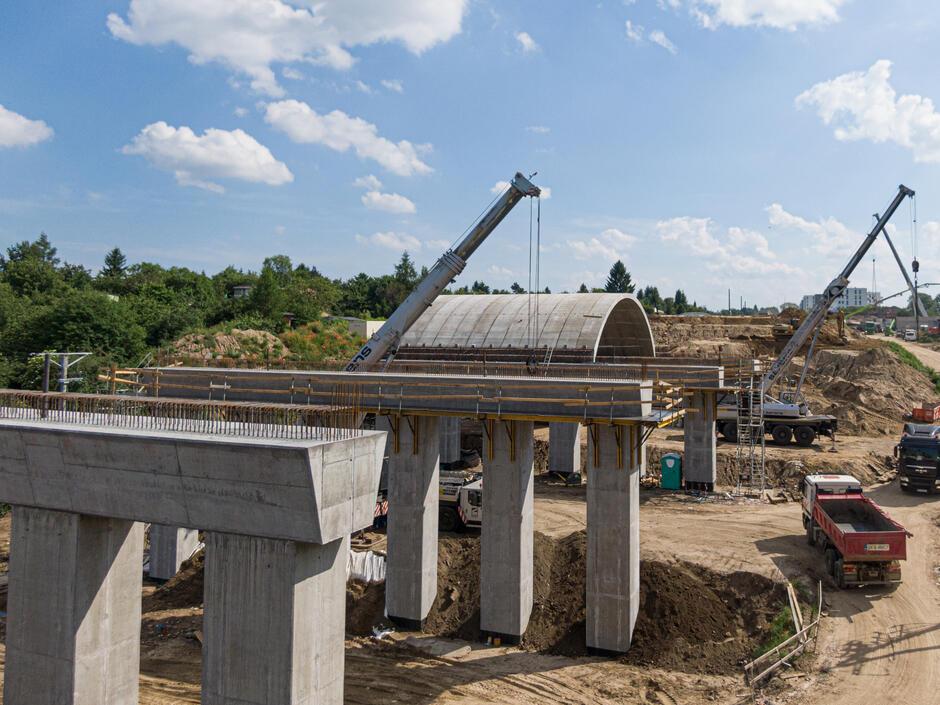 Projekt budowy wiaduktu wzorowany jest na rozwiązaniach starożytnych