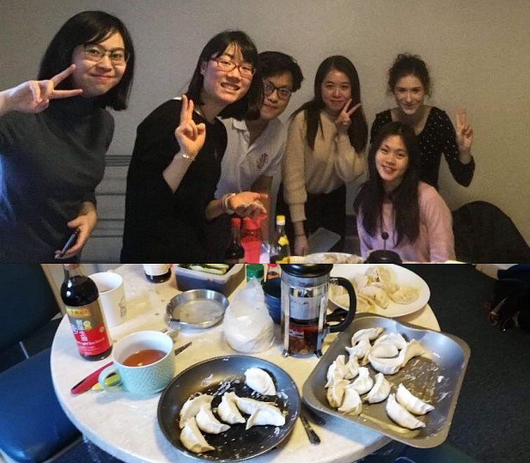Spotkanie pierożkowe (ang. Little Dumpling Meeting), na którym nauczyłam moich azjatyckich przyjaciół przygotowywania polskich pierogów (w odróżnieniu od znanych im chińskich pierogów)