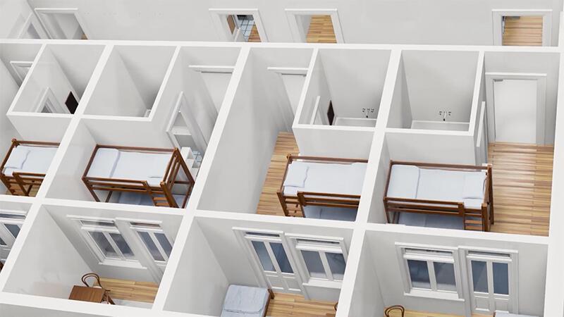 60 miejsc noclegowych rozplanowano w dormitoriach typowych dla hosteli