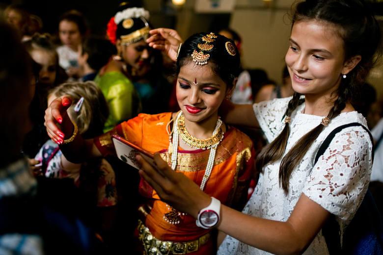 Brave Kids to projekt edukacyjno-artystyczny. Gdańsk bierze w nim udział po raz pierwszy. Spotykają się dziecięce grupy artystyczne z całego świata.