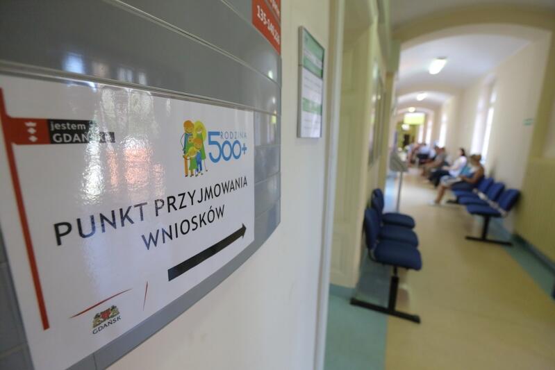 Jak realizować wnioski na 500+ i inne świadczenia społeczne w Gdańsku? Trzeba przyjść osobiście, czy wystarczy załatwić formalności przez internet?