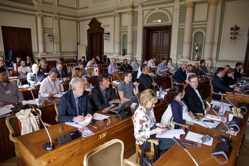 Przedstawiciele ponad 30 europejskich samorządów i kilkunastu ekspertów w zakresie bezpieczeństwa w przestrzeni publicznej podczas spotkania projektu PACTESUR w Nowym Ratuszu, 4 lipca 2019 r.