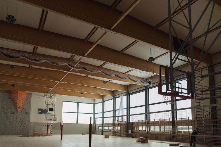 Sala gimnastyczna w nowej gdańskiej szkole niemal gotowa