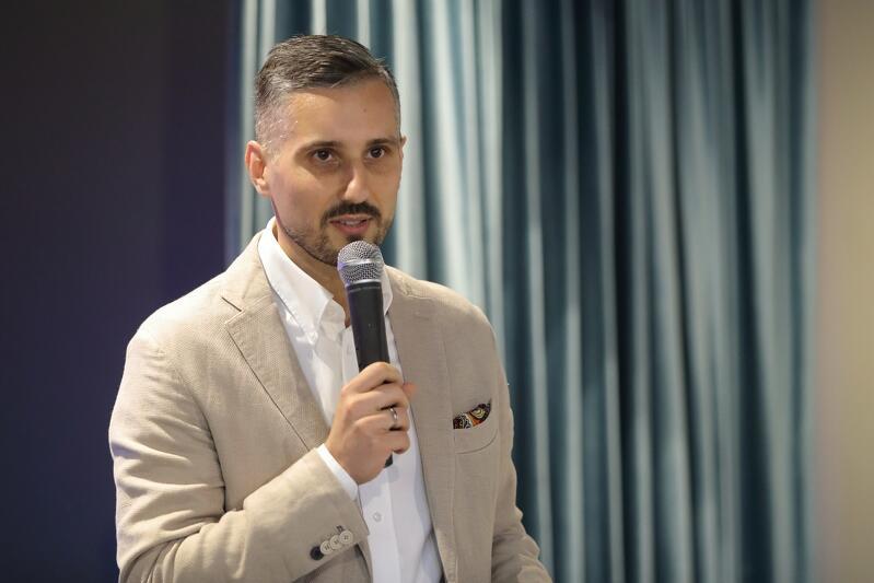 Tomasz Smorgowicz, inicjator projektu z Fundacji Rozwoju Społecznej Odpowiedzialności Biznesu HELISA
