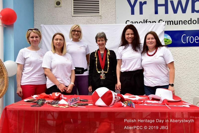 Założycielki Aberystwyth Polish Community wraz z burmistrz Aberystwyth Mari Turner