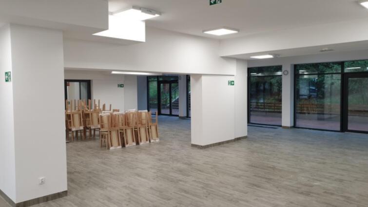 Istniejące pomieszczenia zostały wyremontowane i odświeżone