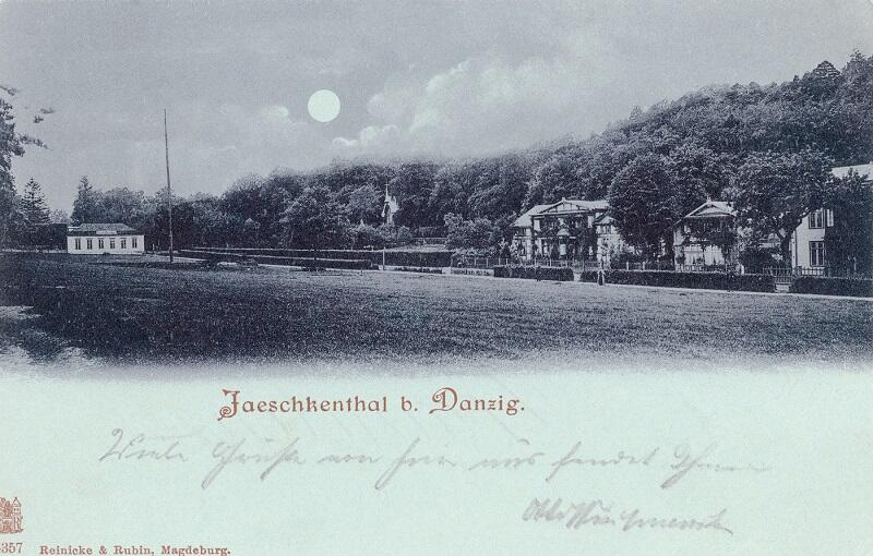 Pocztówka księżycówka przedstawiająca łąkę festynową przy Jaśkowej Dolinie. Rok 1894 r...