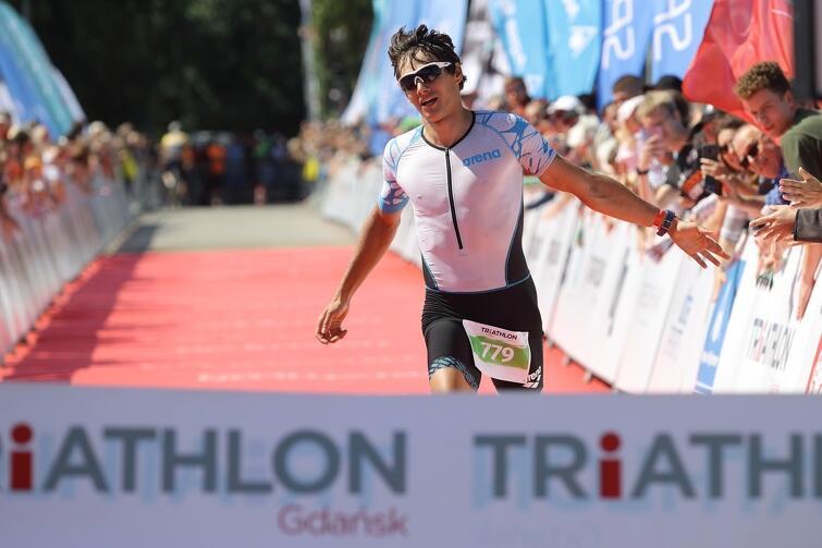 Bartosz Banach - trzeci rok z rzędu jako pierwszy na mecie Triathlon Gdańsk