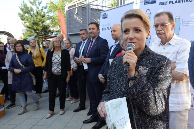Olga Goitowska, z-ca dyrektora Wydziału Gospodarki Komunalnej UM wyjaśnia inwestycję PSZOK