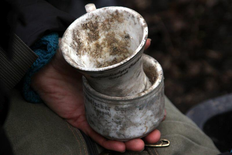 Stara ceramika odnaleziona w miejscu dawnej restauracji