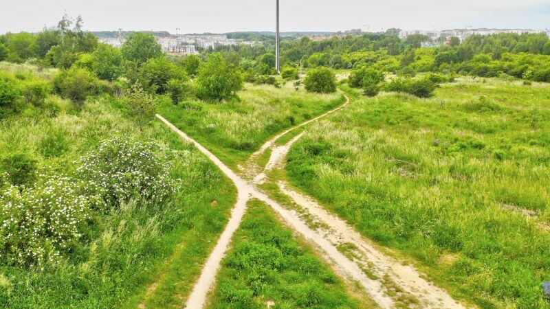 W najbliższych tygodniach powstanie ciąg pieszo-rowerowy na odcinku od ul. Porębskiego do nowej szkoły