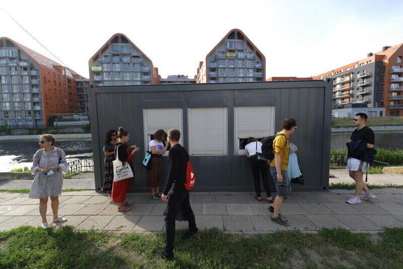 Niefestiwal Miasto i Sztuka. Moja Wolność . Wystawa w kontenerze
