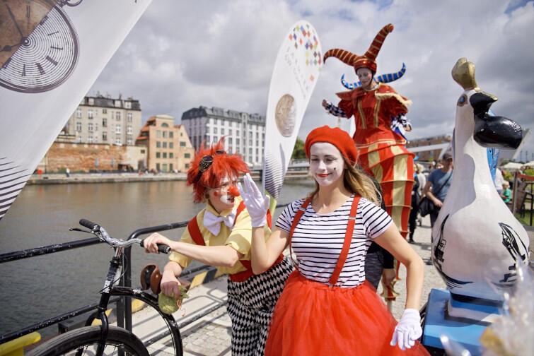 Na czas Jarmarku św. Dominika w Gdańsku stanie 750 stoisk z dobrami od wystawców z 12. krajów. Nie zabraknie też radosnej i kolorowej atmosfery - tu po prostu trzeba być!