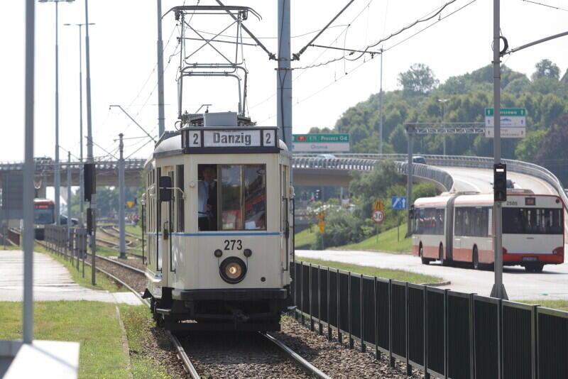 `Ring`zbliża się do przystanku Brama Wyżynna - czas na TramTour