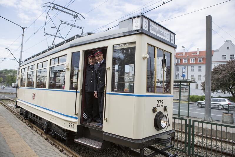 Gdański zabytkowy tramwaj `Ring` - jeden z `bohaterów` wydania Wiadomości TVP1 z 24 lipca br.