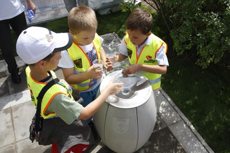 Gdańska woda podawana w zdrojach wyróżnia się jakościowo na tle wody pitnej innych miast Polski.