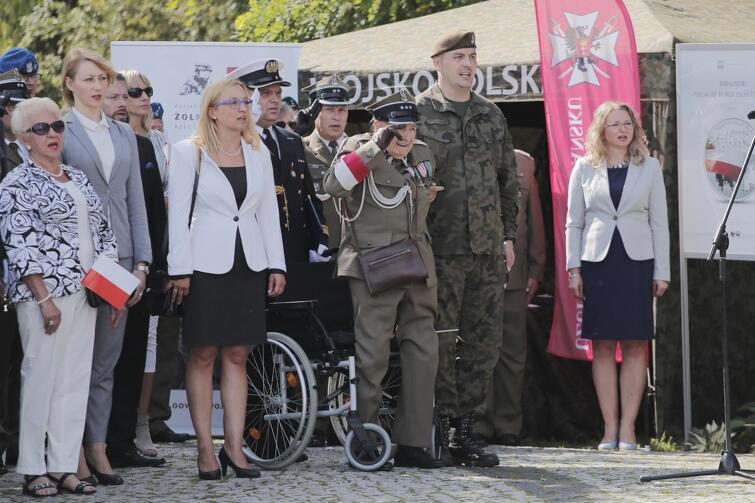 W uroczystości wzięła udział m.in. Przewodnicząca RMG Agnieszka Owczarczak oraz kombatanci