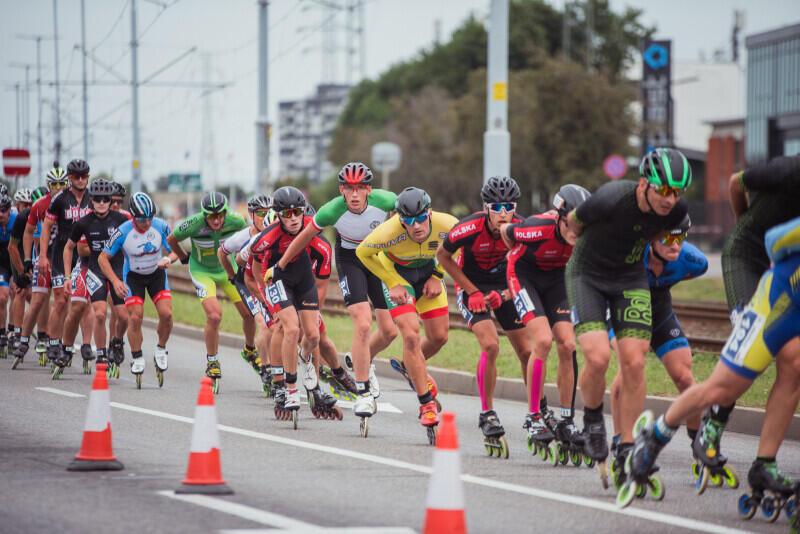 Rywalizacja na trasie XI Maratonu Sierpniowego