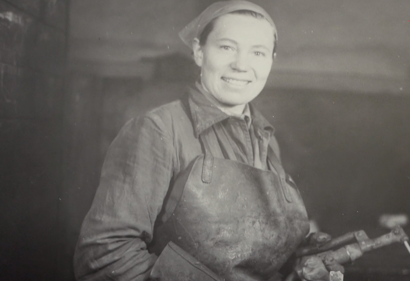 To jedno z wielu zdjęć Anny Walentynowicz, które znajdziemy na wystawie