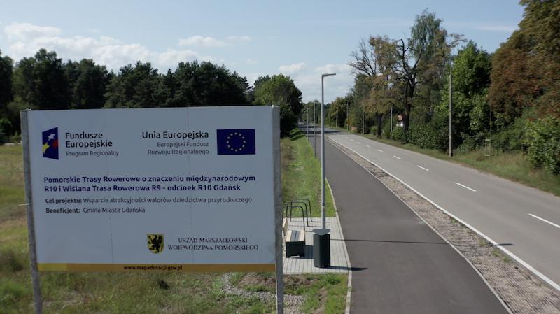 Inwestycję realizowało konsorcjum firm: Kruszywo sp. z o.o. i Bituminium sp. z o.o. Koszt prac to 14,1 mln złotych