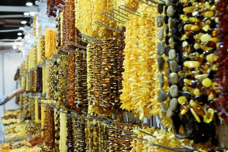 W AmberExpo blisko 200. wystawców zaprezentuje bursztyn w różnych odsłonach - jako element biżuterii, form użytkowych oraz sztuki
