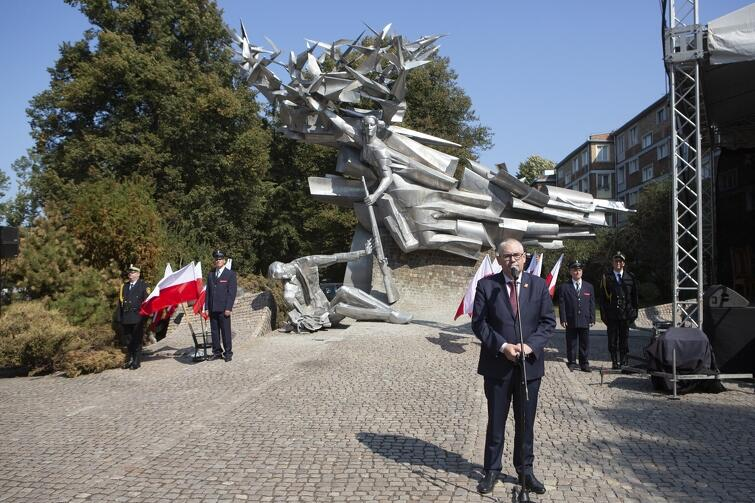 Z-ca Prezydent Gdańska, Piotr Kowalczuk, zachęcał w niedzielę do spotkań i rozmów ze świadkami historii