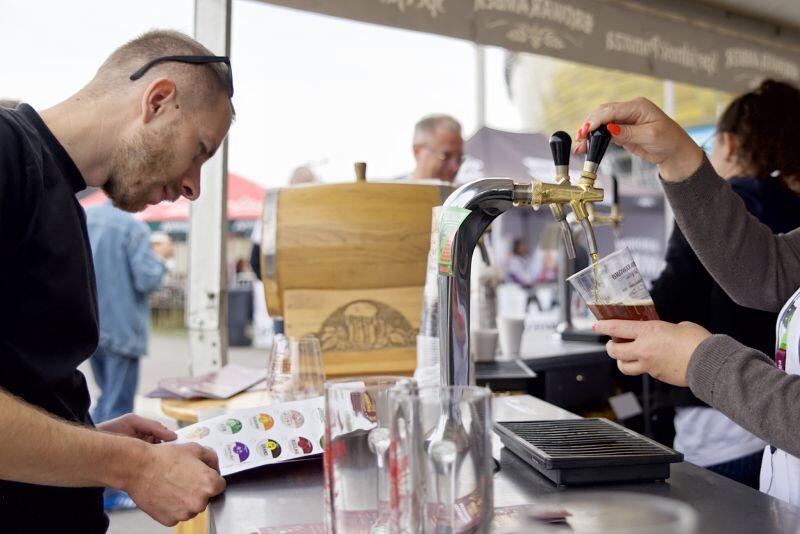 Na miejscu można było zapoznać się z produktami lokalnych piwowarów