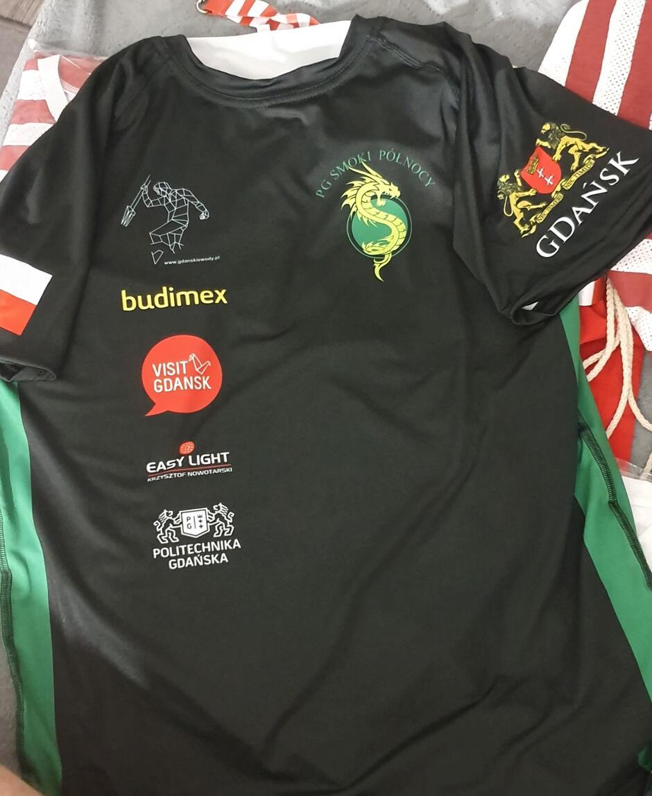 W takich koszulkach wystąpią w mieście Tianjin zawodnicy z Gdańska