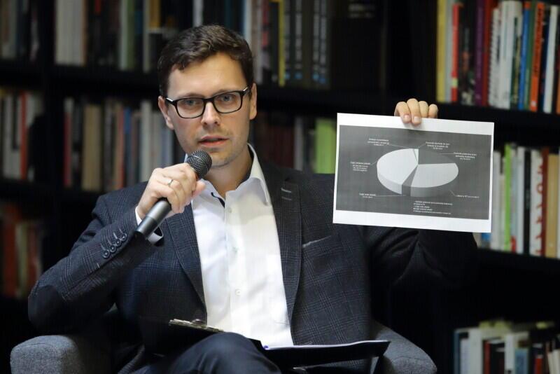dr Jakub Szlachetko, prezes zarządu Instytutu Metropolitalnego prowadził debatę