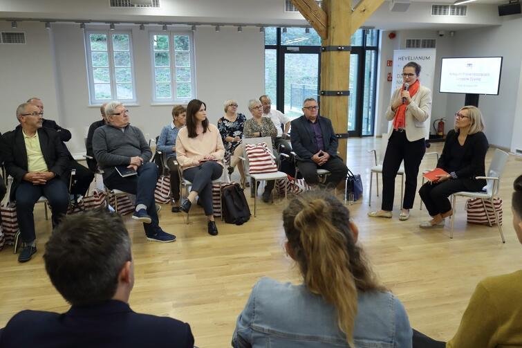 Na spotkanie zaproszono przedstawicieli wszystkich 35 Rad Dzielnic funkcjonujących w Gdańsku