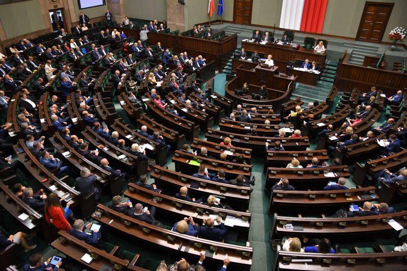 Posiedzenie Sejmu RP. Kto zostanie posłem w nowej kadencji?