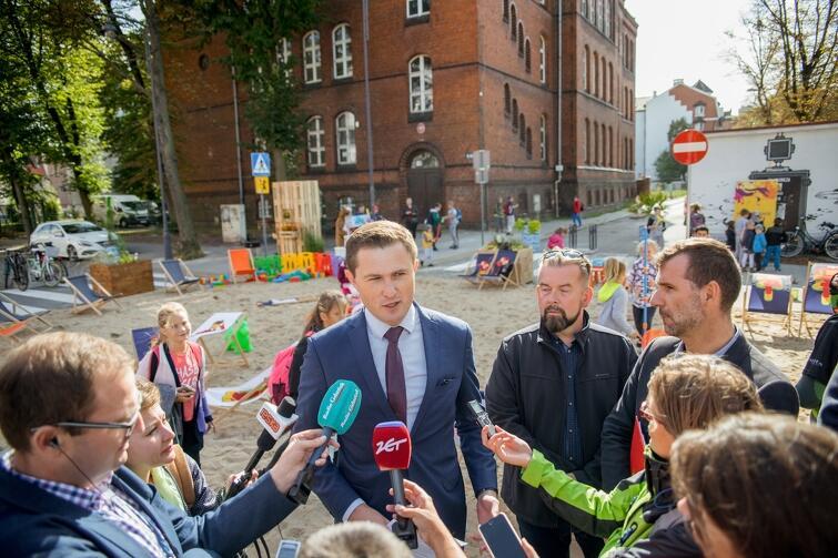 Piotr Grzelak, Zastępca Prezydent Gdańska, opowiadał w poniedziałek o tym, jakie atrakcje przygotowano w Gdańsku w ramach Europejskiego Tygodnia Zrównoważonego Transportu