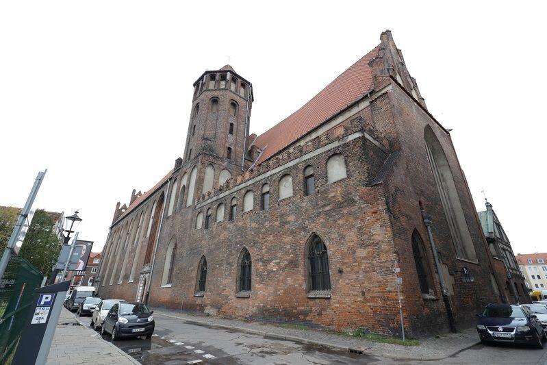 """Popularny wśród gdańszczan """"Mikołaj"""" to jedna z najstarszych świątyń w mieście, a tym samym jeden z najważniejszych świadków pięknej i dramatycznej historii Gdańska"""
