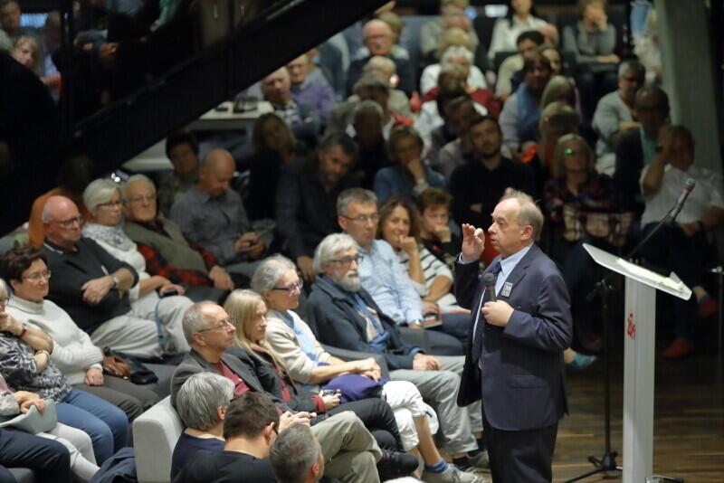 Prof. Wojciech Sadurski to autorytet w dziedzinie nauk prawnych i politologii i filozofii