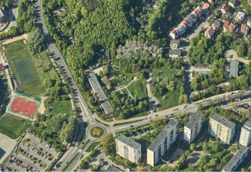 Teren, o który walczy jeden z mieszkańców, znajduje się w atrakcyjnej lokalizacji na granicy Piecek-Migowa i Górnego Wrzeszcza