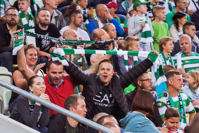 Rok temu gdańscy kibice mieli powody do zadowolenia - mecz z Koroną Kielce dał Lechii zwycięstwo na własnym boisku 2:0. Jak będzie dzisiaj?