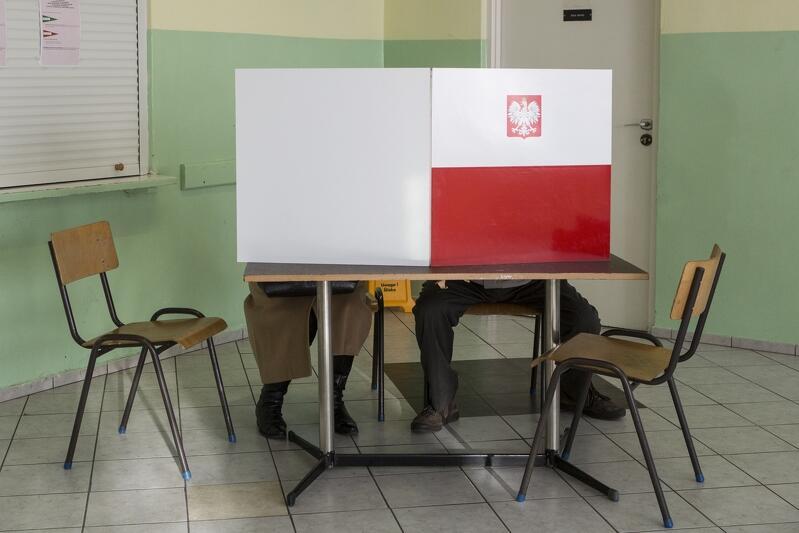 13 października będziesz przebywać poza miejscem zamieszkania? Zadbaj o to, by znaleźć się w spisie wyborców!