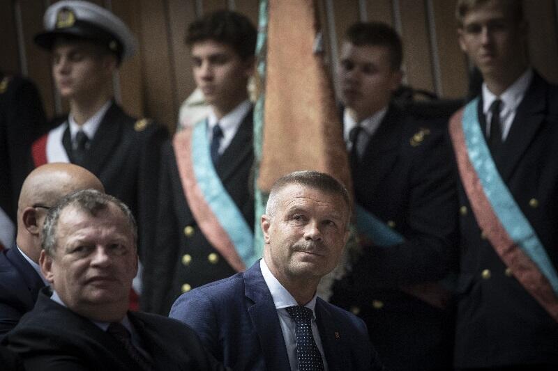 Jednym z absolwentów Conradinum jest Bogdan Wenta (w środku), prezydent Kielc a przed laty świetny piłkarz ręczny i trener reprezentacji Polski