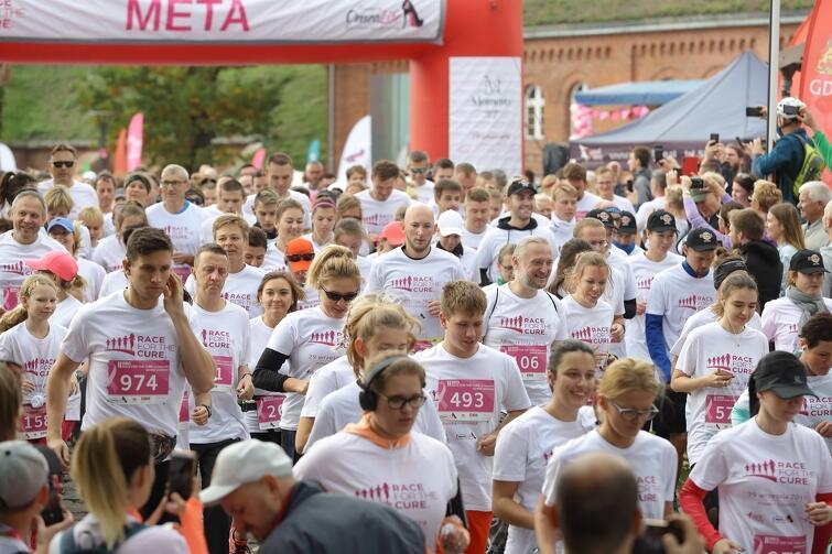 Race for the Cure Gdańsk 2019. W biegu wzięło udział blisko 1000 osób