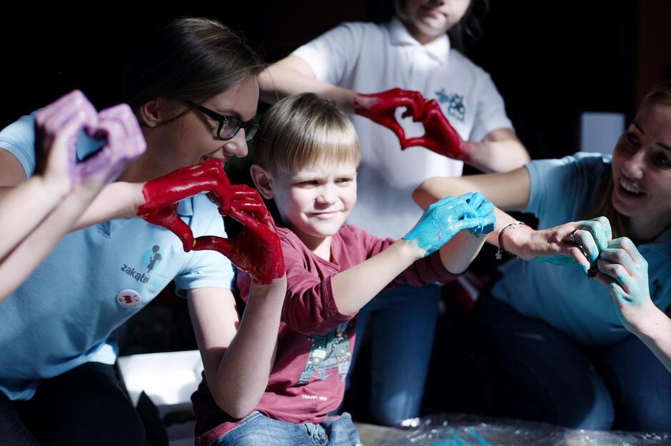 4. Urodziny Bohatera Borysa to nie tylko spotkania ze specjalistami i mówienie w prosty sposób o trudnych rzeczach, ale także warsztaty dla dzieci.