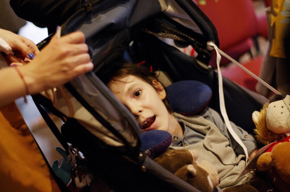 Borys ma 10 lat, ale obchodzi swoje czwarte urodziny od przeszczepu. wtedy narodził się  po raz drugi.